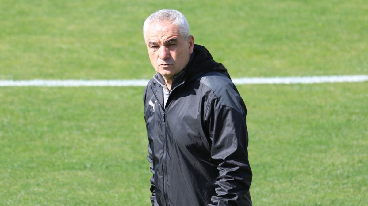 Sivasspor Beşiktaş'a bileniyor