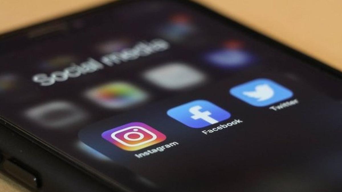 WhatsApp, Instagram ve Facebook erişime açıldı