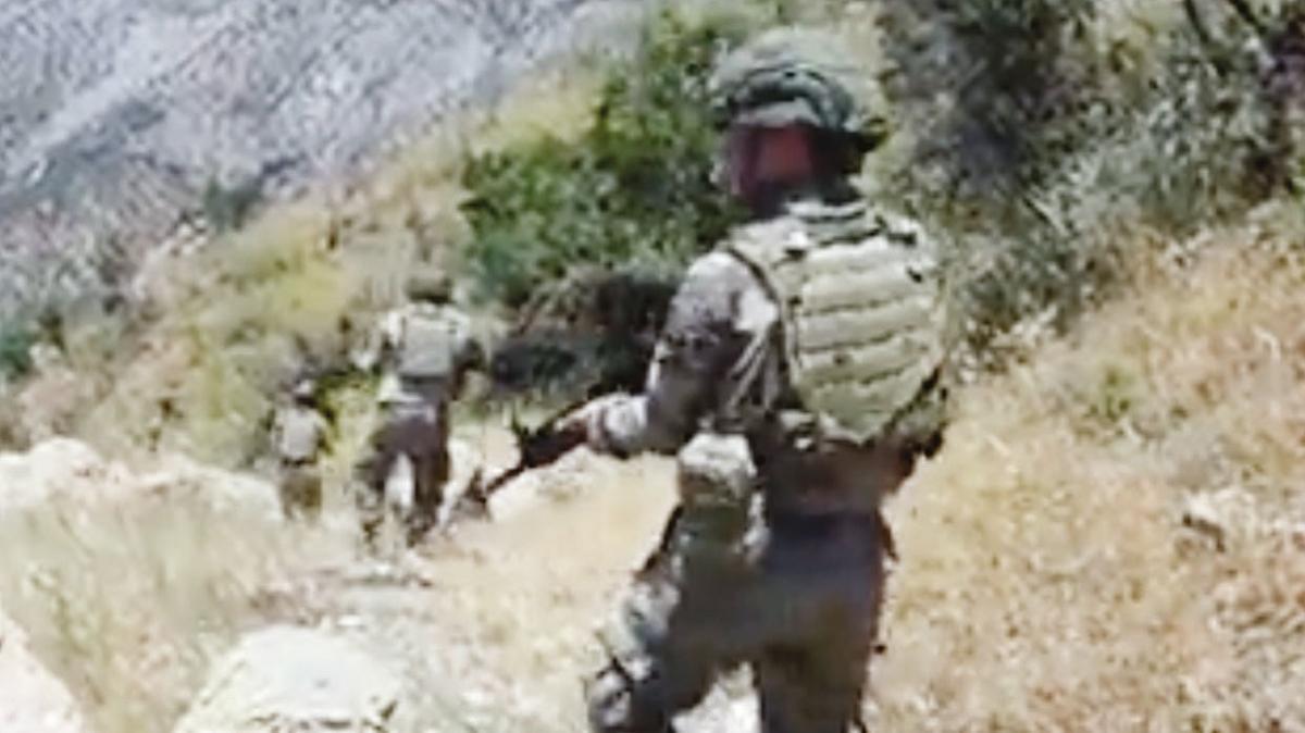 12 PKK'lı mağarada öldürüldü