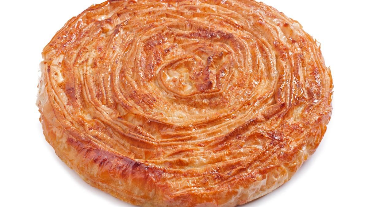 Çıtır çıtır patlıcanlı börek tarifi! Su böreği lezzetinde