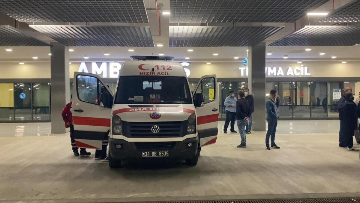 İkitelli'de kimyasal maddeden etkilendiler... 11 işçi hastaneye kaldırıldı