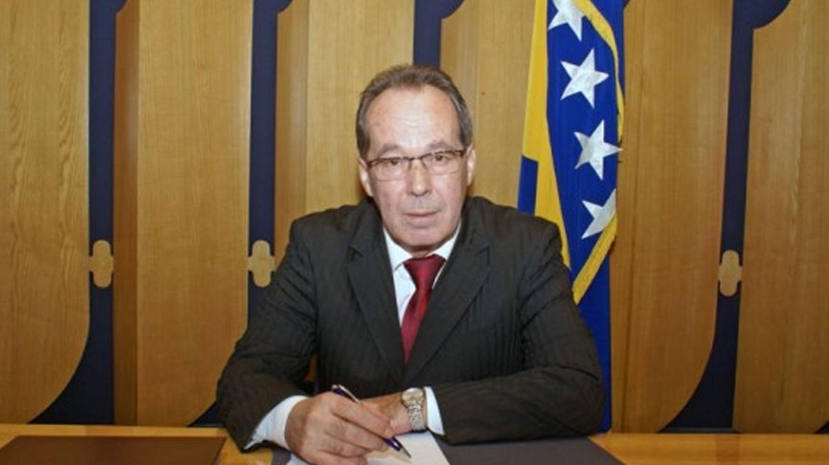 Bosna Hersek Savunma Bakanı Podzic görevden alındı