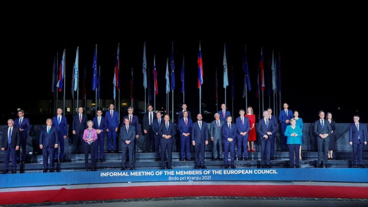 AB liderleri savunma toplantısında buluştu... Zirve sonuçsuz kaldı