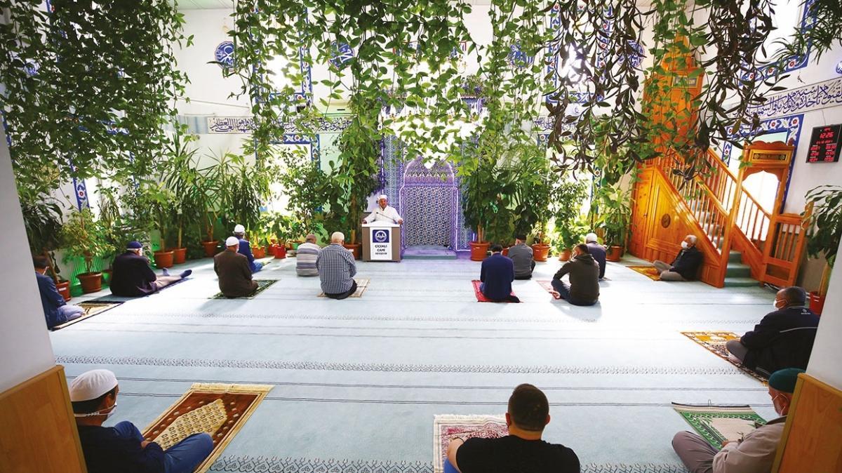 Nevşehir'in çiçekli camii