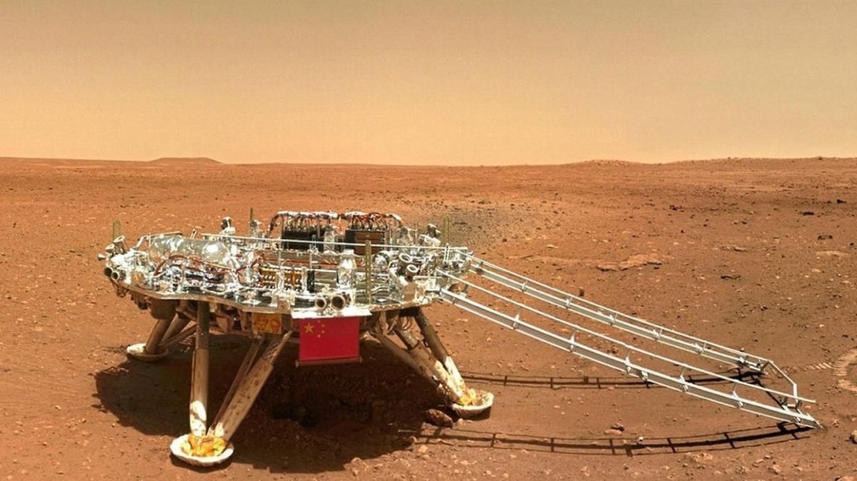 """Çin, Mars keşiflerine """"Güneş kesintisi"""" nedeniyle ara verdi"""