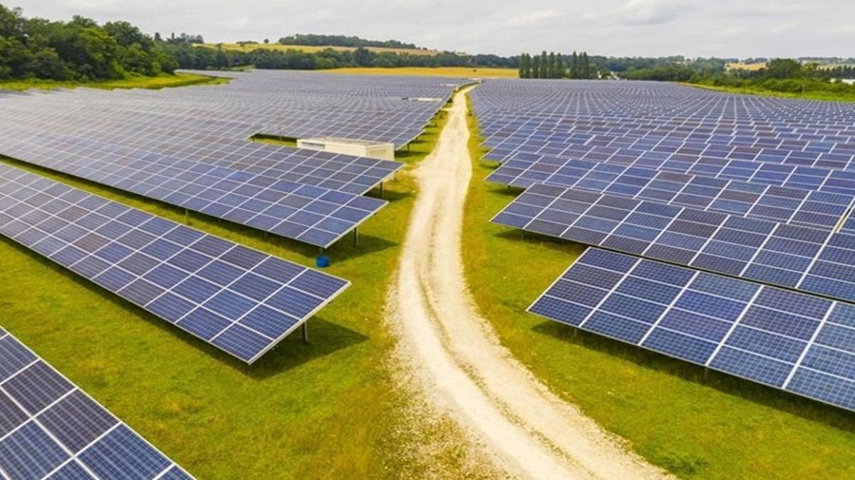 Irak ve BAE güneş enerjisi santrali inşası konusunda anlaştı