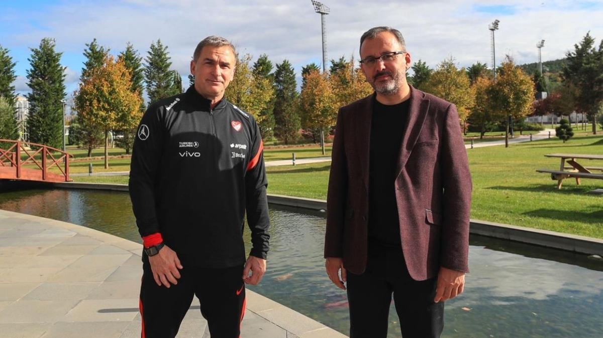 Bakan Kasapoğlu Stefan Kuntz'u ziyaret edip başarılar diledi
