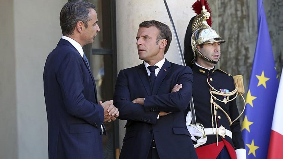Türkiye'ye karşı güvenlik arayışındalar... Miçotakis'ten 'Fransa ile Savunma anlaşması' açıklaması