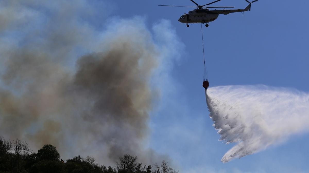 Antalya'nın Kaş ilçesindeki maki yangını kontrol altına alındı