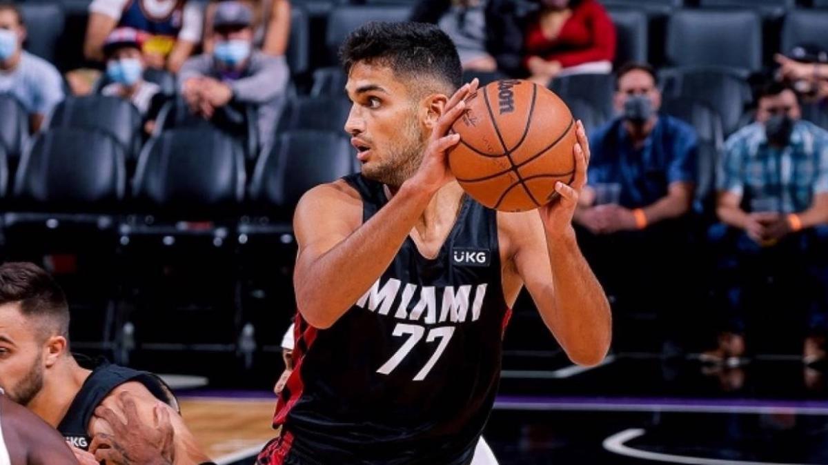 NBA'deki 'Türk derbisi'ni Ömer Faruk Yurtseven'in takımı kazandı