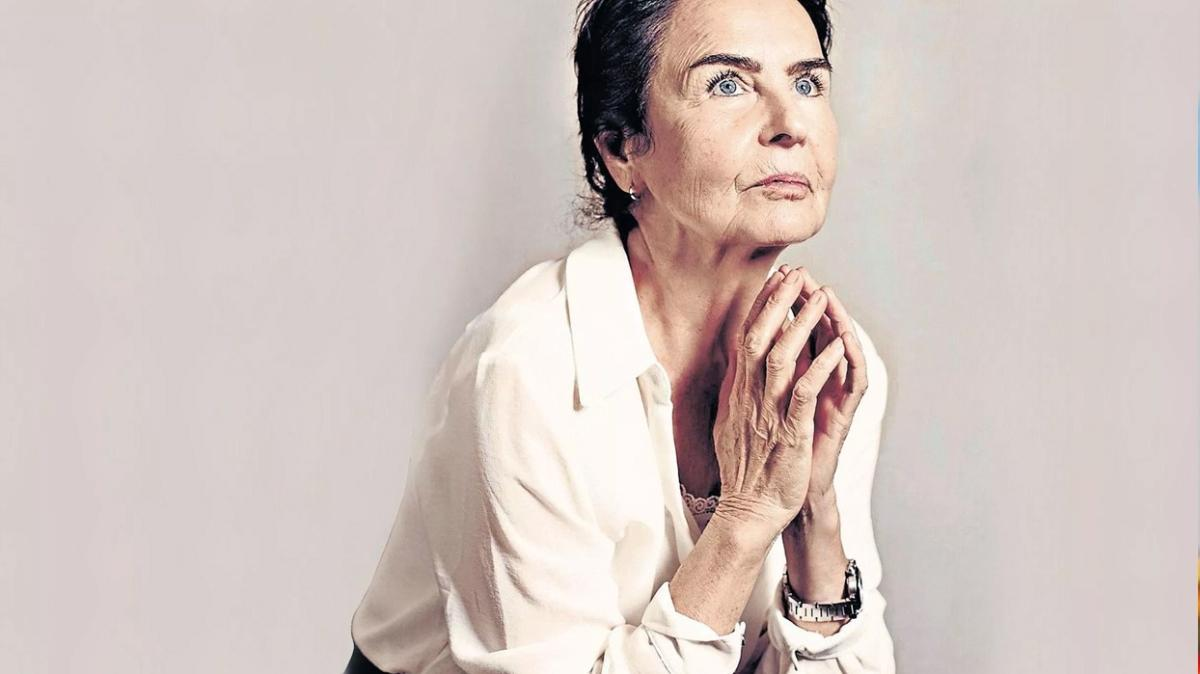 """Kalça ameliyatı olan Fatma Girik'in sağlık durumu nasıl"""""""