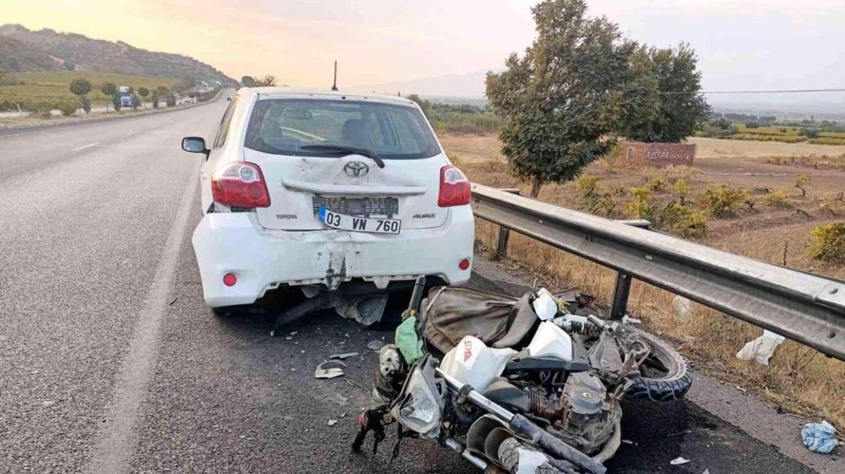 Manisa'da otomobil ile motosikletin çarpışması sonucu bir kişi yaşamını yitirdi