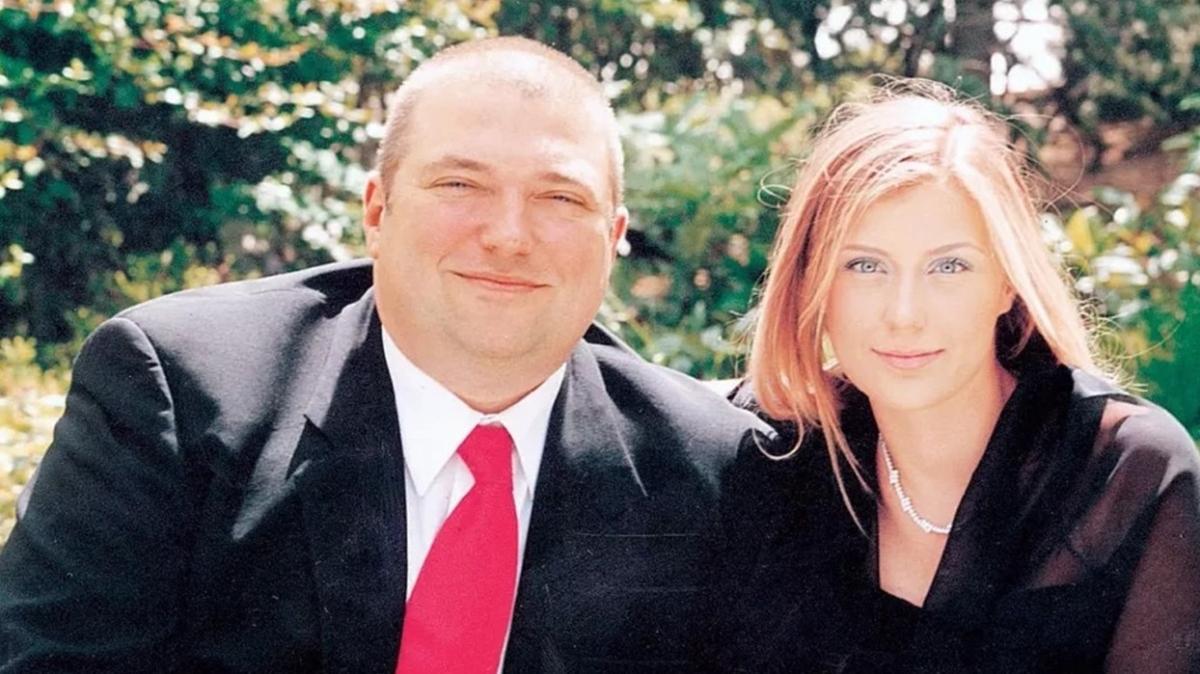 Hakan Uzan mahkemeye başvurdu: Fransa'da boşandık, Türkiye de tanısın