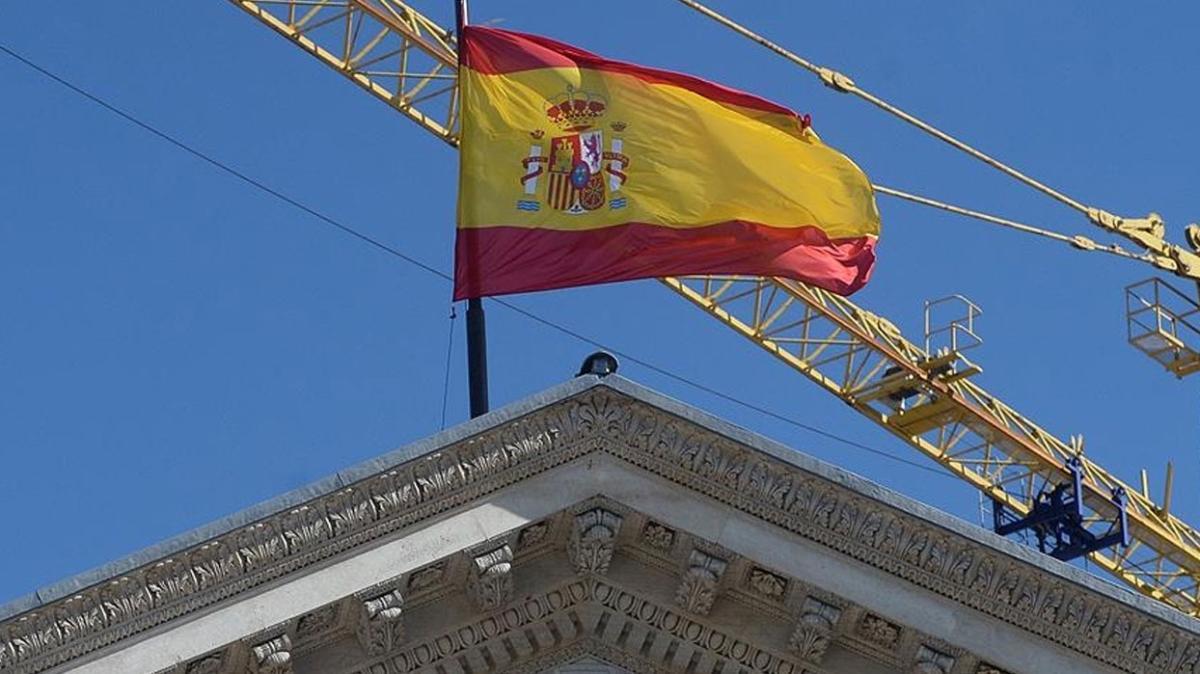İspanya bazı devlet kurumlarını başkent dışına çıkarmayı planlıyor