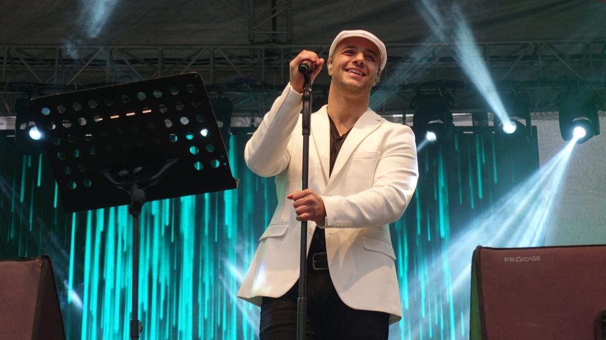 Maher Zain İstanbul'da... Konsere yoğun ilgi gösterildi
