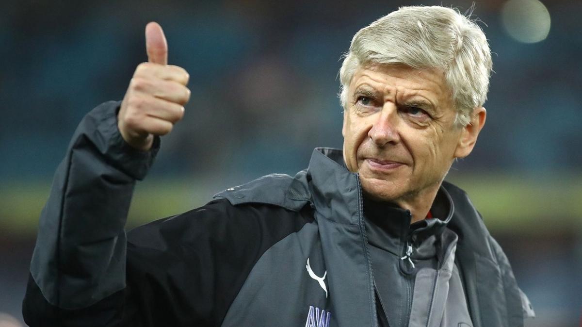 Arsene Wenger 1 maçlığına da olsa geri dönüyor