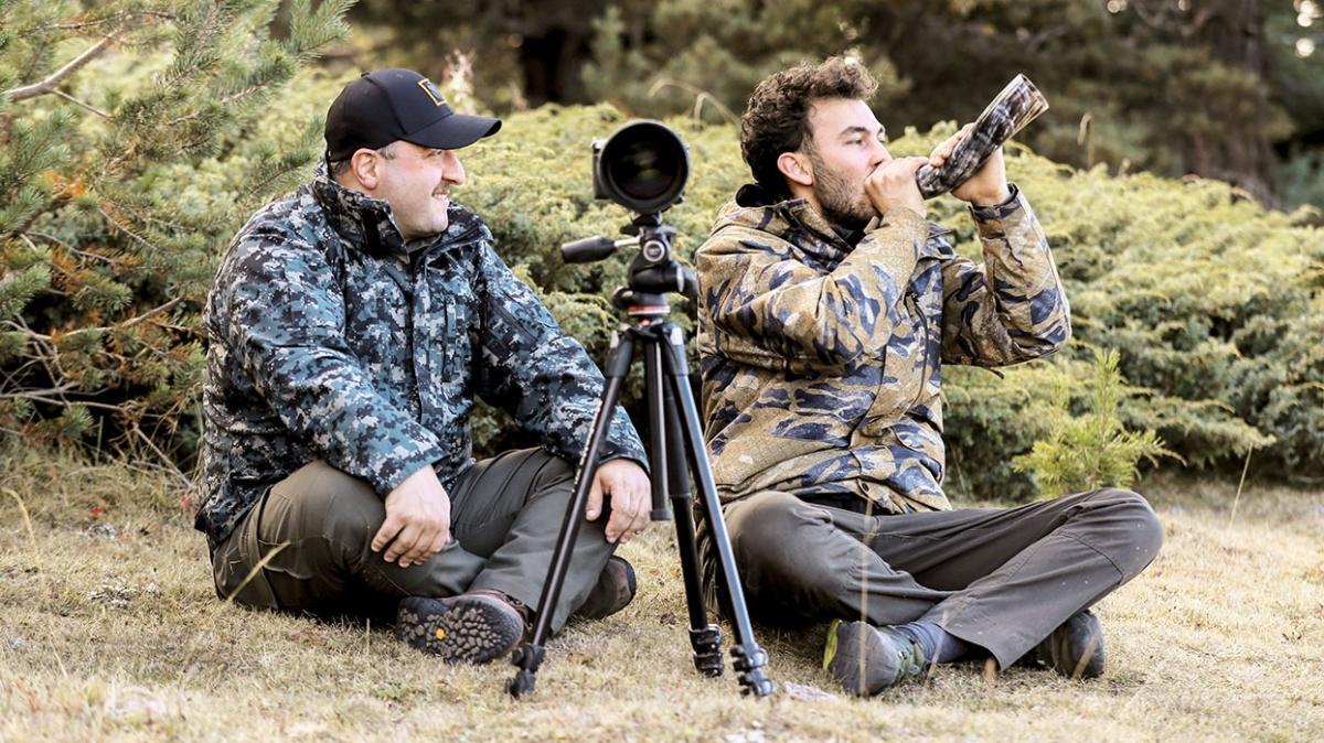 Bakan Varank kızıl geyiklerin izini sürdü