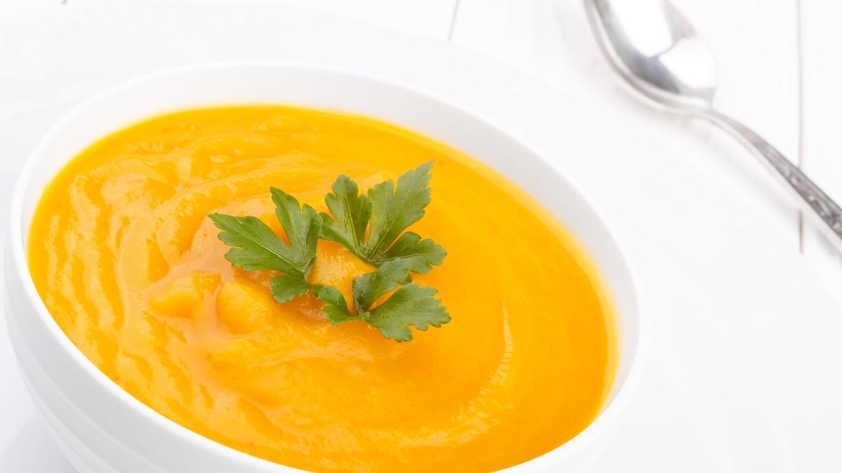 Bir kepçe çorbayla gelen şifa! Bal kabağı çorbası tarifi