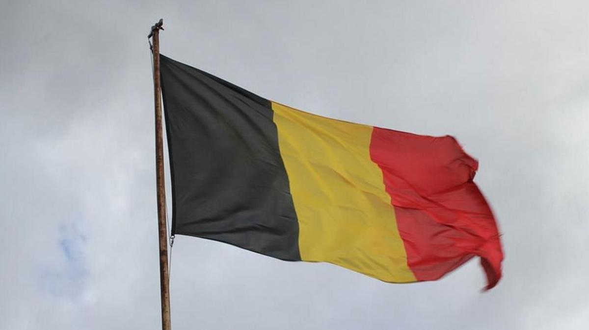 Belçika'da dizel motorlu araçlar başkent Brüksel'e giremeyecek