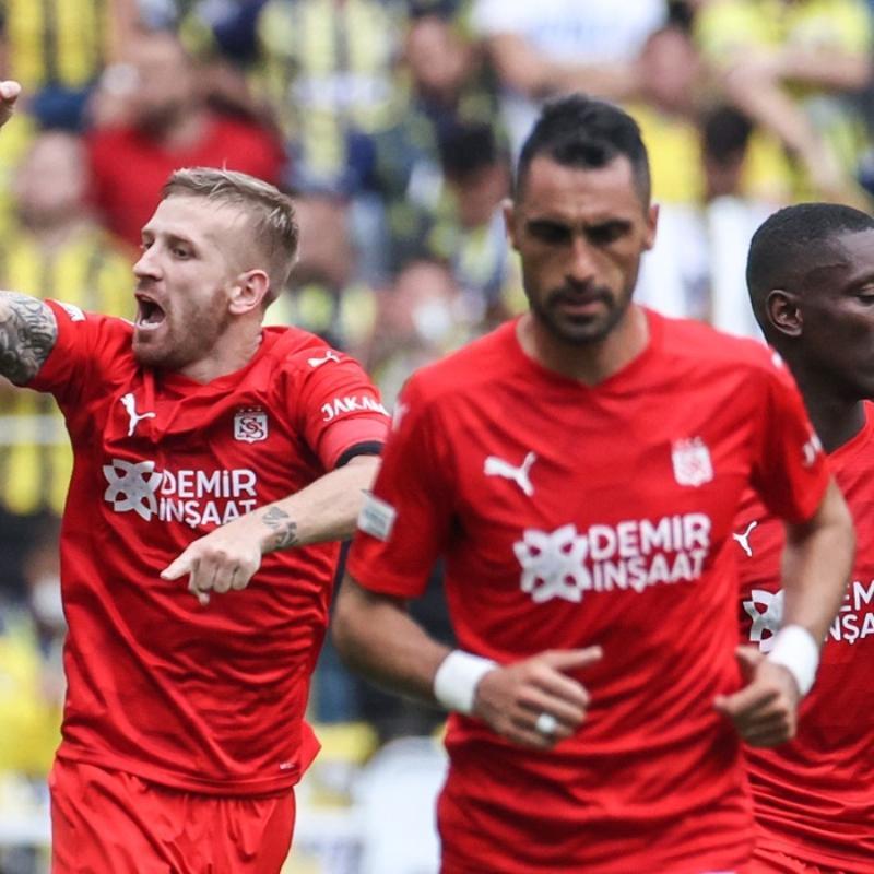 Avrupa'nın en yaşlı 3. ligi Süper Lig