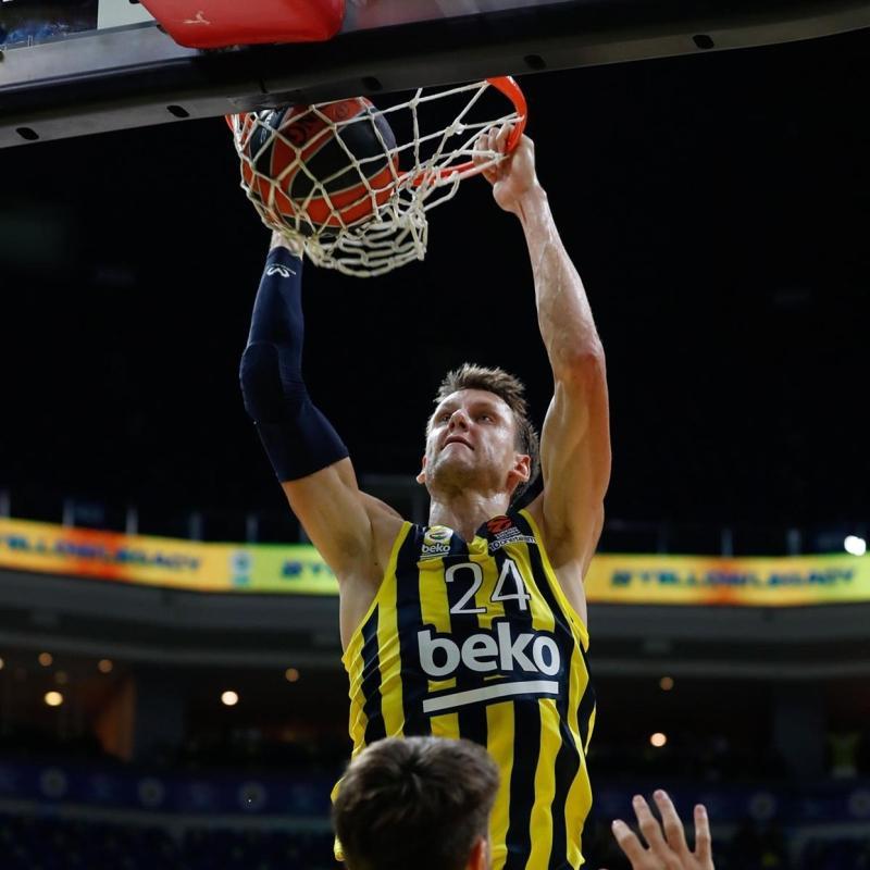 Fenerbahçe Beko alev aldı: EuroLeague'de tarihi fark!