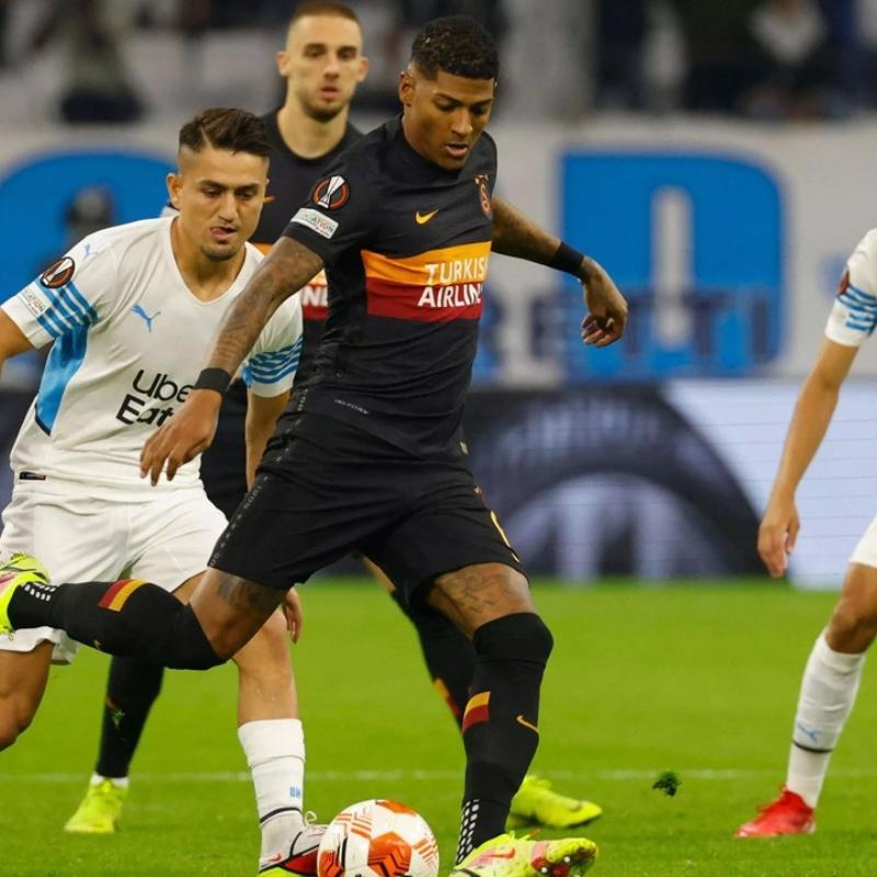 Galatasaray'da Patrick van Aanholt hayal kırıklığı yarattı...