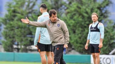 Emre Belözoğlu Beşiktaş'a karşı ilk sınavını verecek