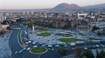 Kayseri'de müstakil villa icradan satılıyor