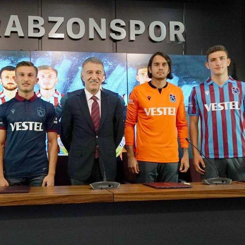Trabzonspor'da Fenerbahçe maçı öncesi 4 imza birden