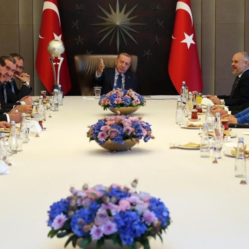 Başkan Erdoğan, Avrupa şampiyonu Ampute Milli Futbol Takımımızı kabul etti