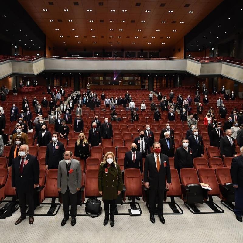 Galatasaray'da Mustafa Cengiz dönemi mali yönden ibra edildi, idari yönden ibra edilmedi