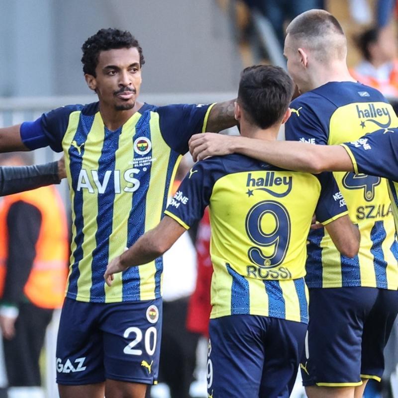 İşte Fenerbahçe'nin Trabzonspor maçı kadrosu! Enner Valencia ve Serdar Aziz...