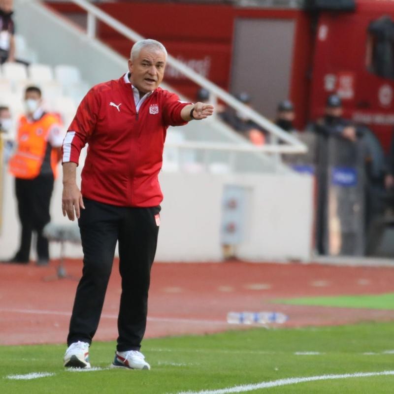 Rıza Çalımbay: Karşımızda yeni hocalarıyla dirençli bir Antalyaspor vardı
