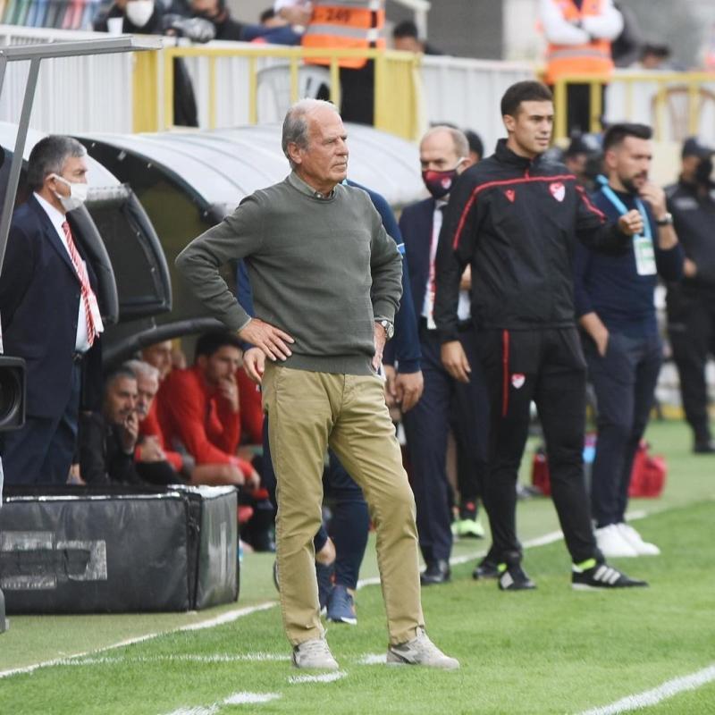 Mustafa Denizli: İhraç edilsem normal karşılanırdı