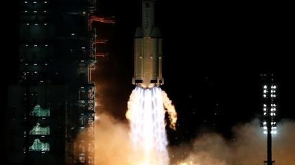 Çinli taykonotlar, uzay istasyonunda göreve başladı
