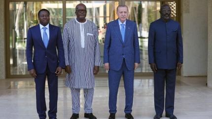 Başkan Erdoğan'dan Afrika'da kritik görüşmeler