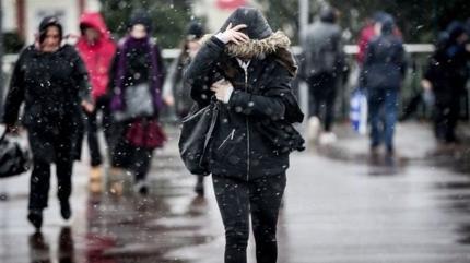 Uyarılar peş peşe geldi! Sağanak ve kar geliyor...