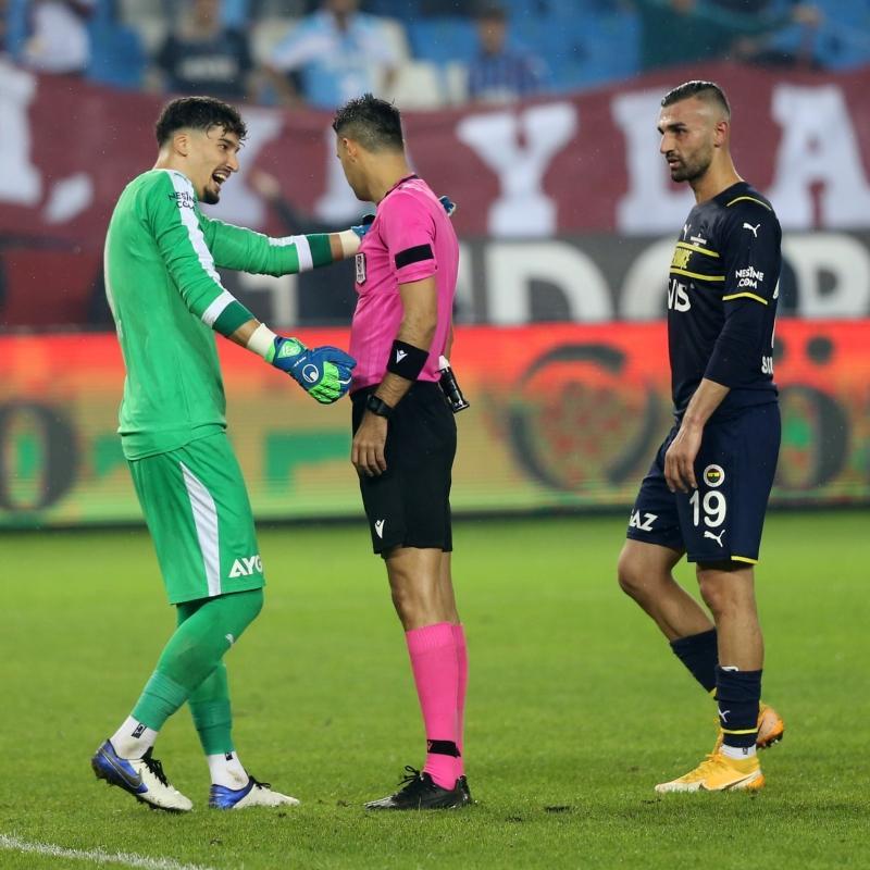 Fenerbahçe'ye bir şok daha: Altay Bayındır ve Bright Osayi-Samuel'in cezaları belli oldu