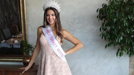 Miss Turkey 2021 güzeli Dilara Korkmaz 'aralıklı oruç' diyeti ile fit kaldığını açıkladı