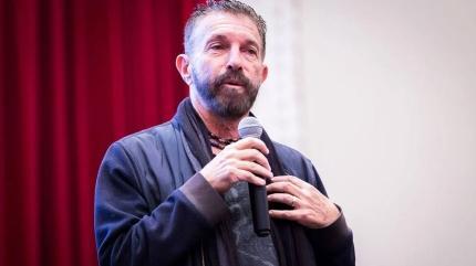 'Lost' ve 'Prison Break'in ünlü yönetmeni Bobby Roth, Türkiye'nin ilk süper kahraman evreni için İstanbul'da