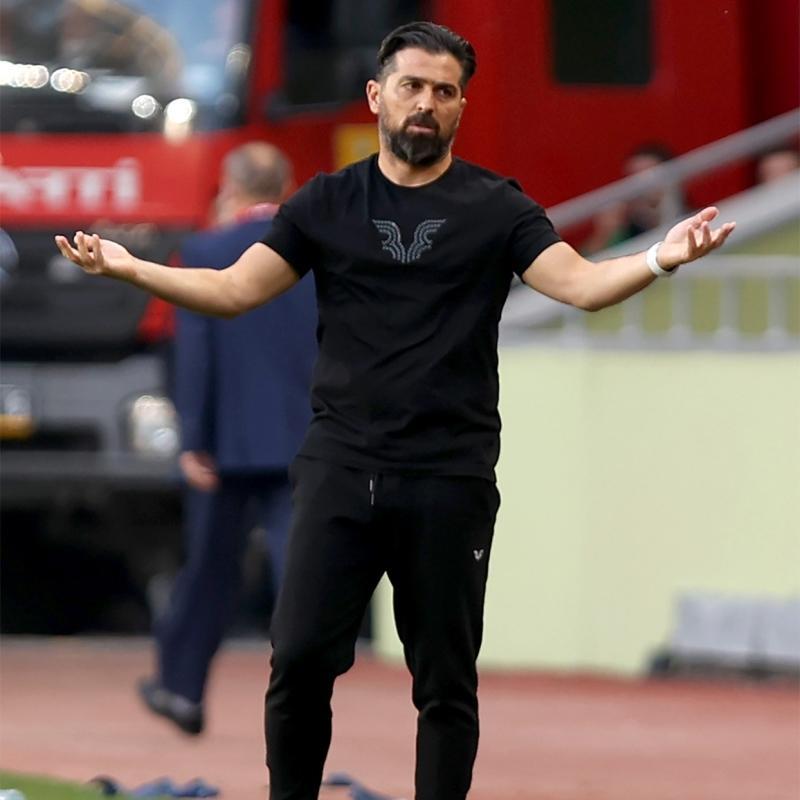 İttifak Holding Konyaspor Teknik Direktörü İlhan Palut: Bu maç çok önemliydi