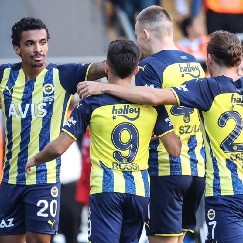 Fenerbahçe'de Alanyaspor maçı öncesi camia kenetlenecek