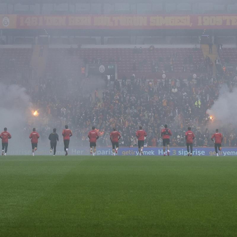 Galatasaray'ın Nef Stadı'ndaki taraftara açık antrenmanından fotoğraflar