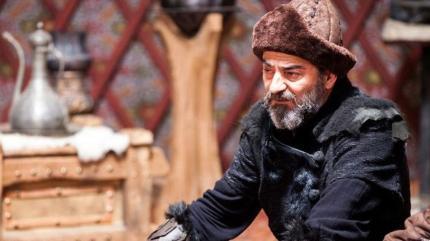 Ayberk Pekcan nereli, hangi dizilerde oynadı? Ayberk Pekcan kimdir, kaç yaşında?