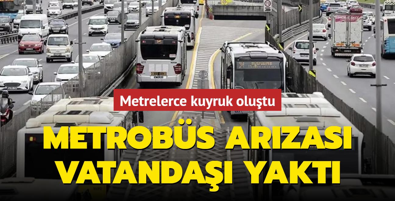 Edirnekapı durağında metrobüs arıza yaptı