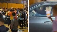 Bu da oldu! Derbi mağlubiyeti sonrası teknik direktörün arabasına saldırdılar!