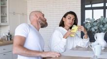 Kadınlara anlamsız gelen 3 erkek refleksi