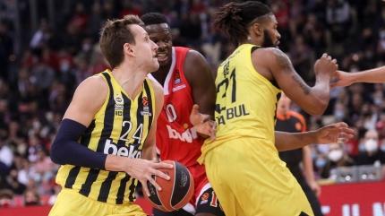 Sloukas Fenerbahçe'yi son topta yaktı!