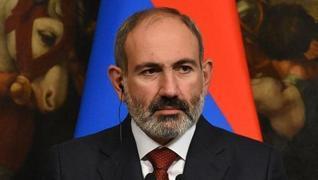 <p>Ermenistan ordusundan Paşinyan'a istifa çağrısı!</p><p>GENELKURMAY BAŞKANI GÖREVDEN ALI