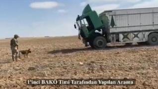 <p>Bomba arama köpekleri 'Ban' ve 'Tim', Barış Pınarı bölgesindeki sivil halka yönelik büyük bir sal